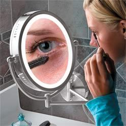 Lighted Oval Magnifying Mirror